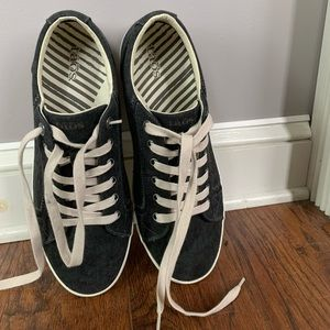 Toas sneakers